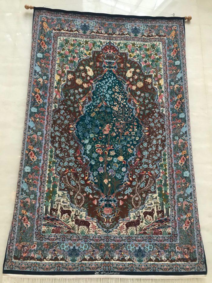 イラン・イスラム共和国大使館イラン絨毯