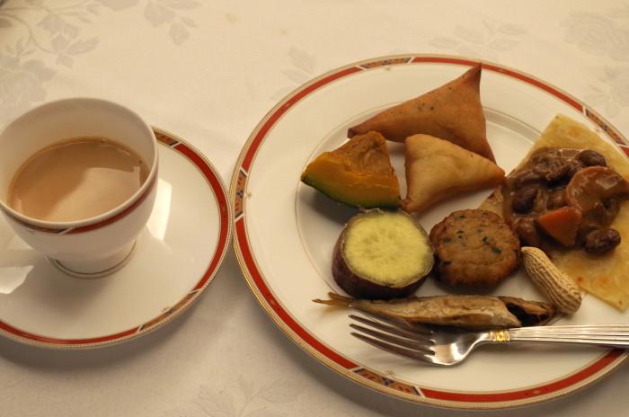 国際芸術家センター「大使館でお茶を第1回タンザニア大使館」タンザニアのおもてなし