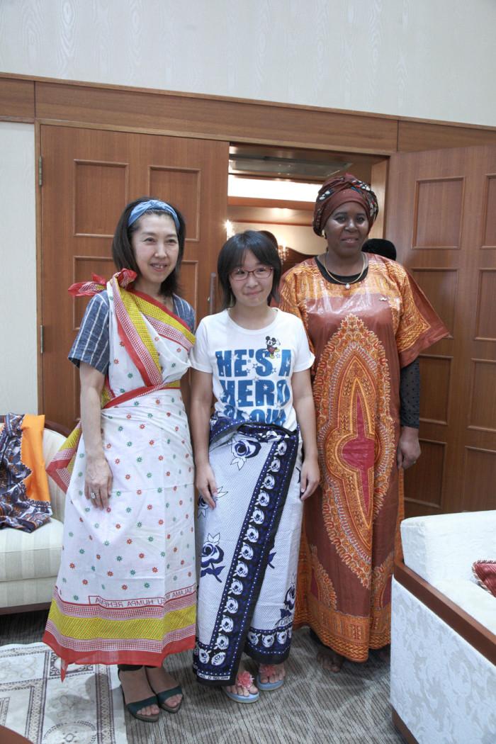 国際芸術家センター「大使館でお茶を第1回タンザニア大使館」第二部懇親タイム