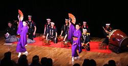 日本民族舞踊団の演舞「飾山囃子(おやまばやし)」