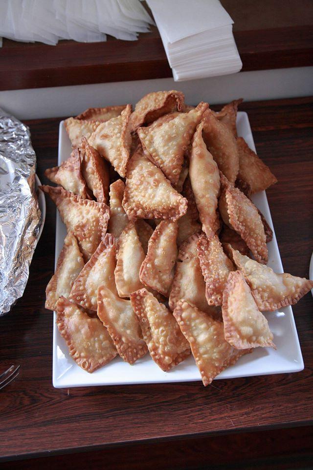 「大使館でお茶を第6回ドミニカ共和個」お国軽食、チキンエンパナーダ