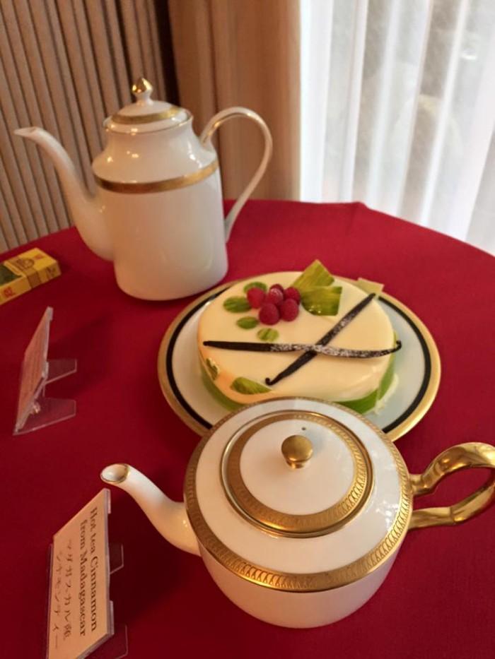 「大使館でお茶を第5回マダガスカル大使館」マダガスカル名産のバニラのお茶