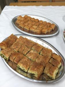 「大使館でお茶を第9回ボスニア・ヘルツェゴビナ大使館」ボスニア・ヘルツェゴビナの軽食、お菓子