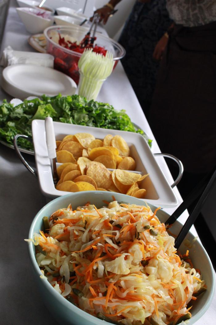 「大使館でお茶を第10回グァテマラ大使館」クルティード、エンチラーダスに乗せる野菜、IAC国際芸術家センター