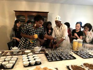 大使館でお茶をジンバブエ大使公邸