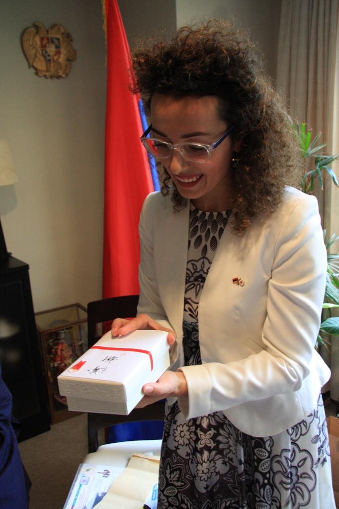 国際芸術家センター「大使館でお茶を第7回アルメニア」
