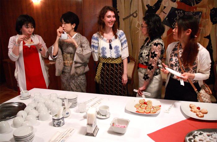ルーマニア大使館お茶会国際芸術家センター(IAC)トップ画像