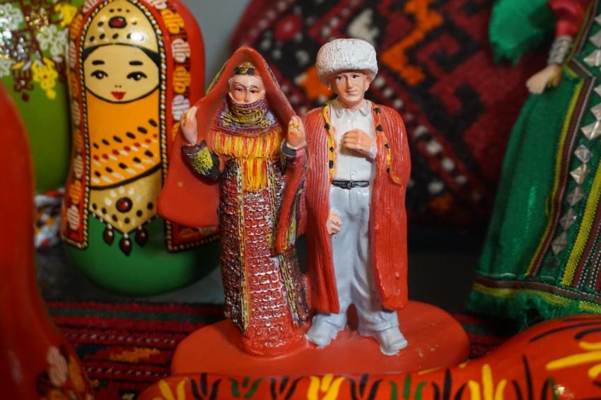 緊急告知 もっと知りたいトルクメニスタン! 永世中立25周年記念プレ ...
