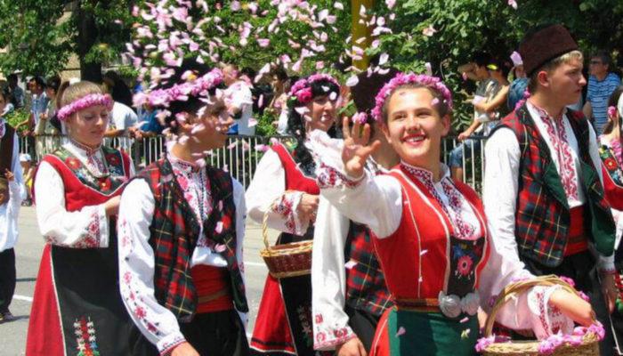ブルガリアバラ祭り